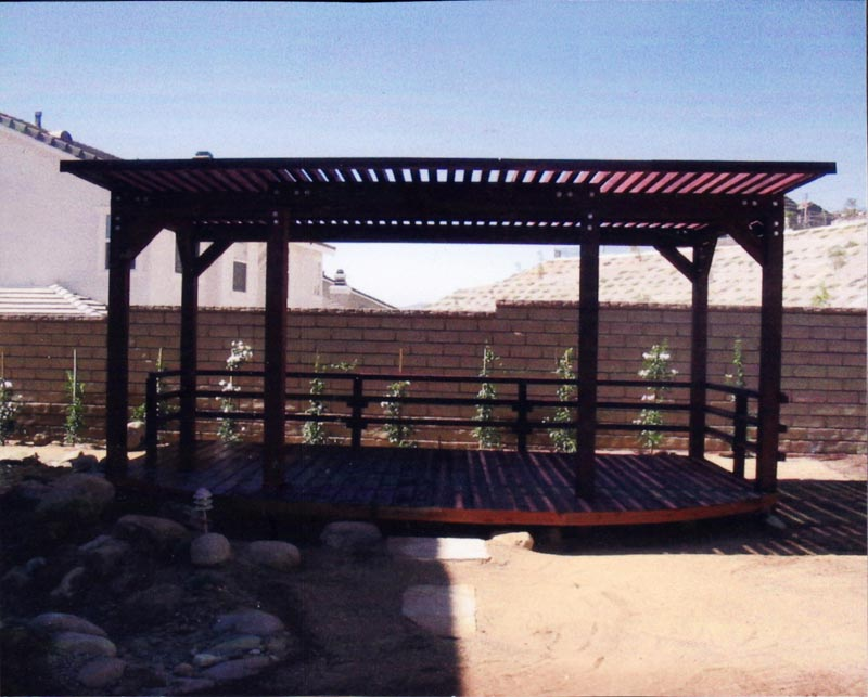 woodenpatio.jpg